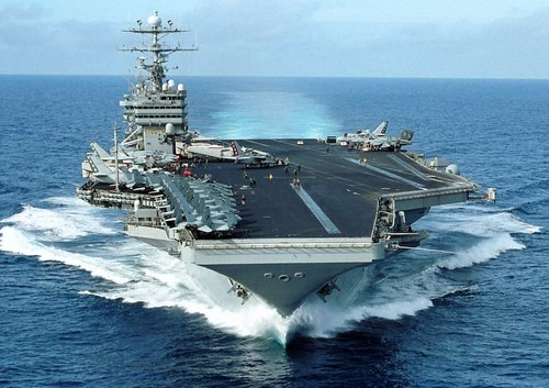 USS_George_Washington_(CVN-73)_F.jpg